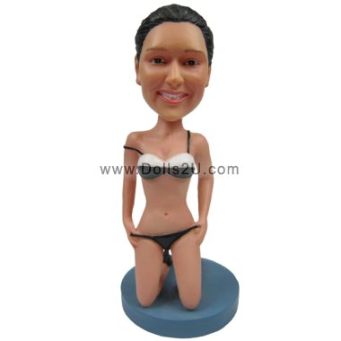Sexy Female Bobbleheads